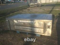 2 Bakers Pride Y 800 Natural Deck Gas Double Pizza Ovens Stones & Legs Included