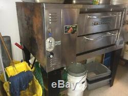 Bakers Pride DS-805 Single Deck LP Gas Pizza Oven