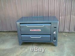 Blodgett 901 Natural Deck Gas Pizza Oven Brand New Stones 26 In Legs Or 6 In
