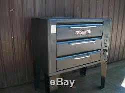 Blodgett 931 Natural Deck Gas Pizza Oven With Brand New Stones