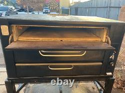 Blodgett 981 Natural Deck Gas Double Pizza Oven