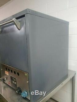 Castle P018N Countertop 2 Stone Deck Pizza Sandwich Oven L. P. Gas Tested