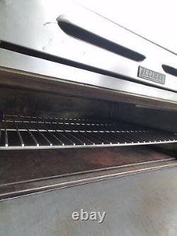 Garland pizza oven excellent condition 3 decks