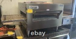 Lincoln 1116-U Natural Gas Express Single Deck Conveyor Pizza Oven- Used Once