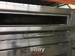 Montague 25P-2 Double Deck Gas Pizza Ovens