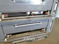 Vulcan-hart H. D. Commercial Natural Gas Double Stacked Steel Decks Pizza Oven